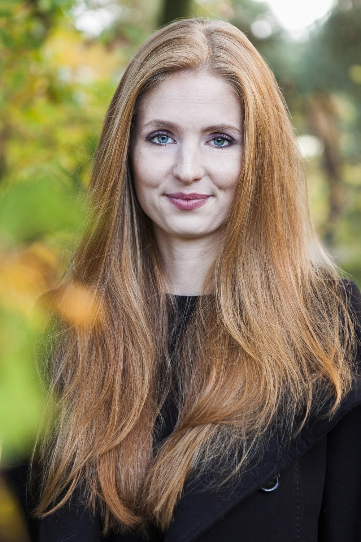 Laura-Fiederer-Fotografie-Portrait-Schwanheimer-Düne-Frankfurt-1
