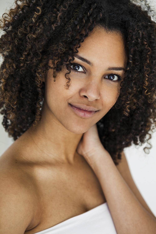Laura-Fiederer-Fotografie- Fotograf-Portrait-Outdoor-Egelsbach-Einzelshooting-Beauty-21