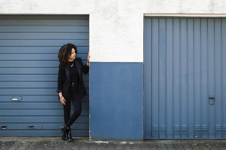 Laura-Fiederer-Fotografie- Fotograf-Portrait-Outdoor-Egelsbach-Einzelshooting-Beauty-8