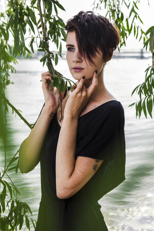 Laura-Fiederer-Fotografie-Portrait-Mainz-Fotograf-Mörfelden-Walldorf-Outdoor-Stadtshooting-Portraitfotografie-3