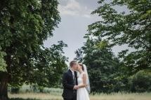 Laura-Fiederer-Fotografie-Hochzeitsfotos-Brautpaar-Hochzeitsfotografie-Mönchbruch-Hochzeitsfotografin-Mörfelden-Walldorf-Paarshooting-28