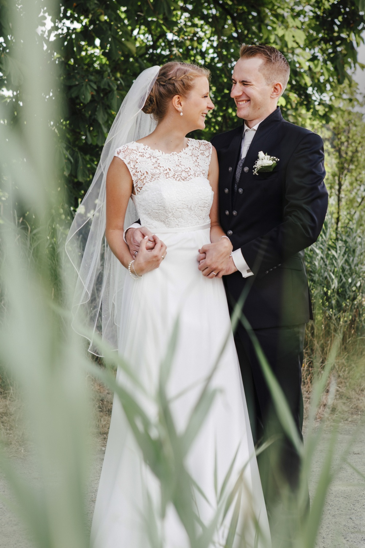 Laura-Fiederer-Fotografie-Hochzeitsfotos-Brautpaar-Hochzeitsfotografie-Mönchbruch-Hochzeitsfotografin-Mörfelden-Walldorf-Paarshooting-33