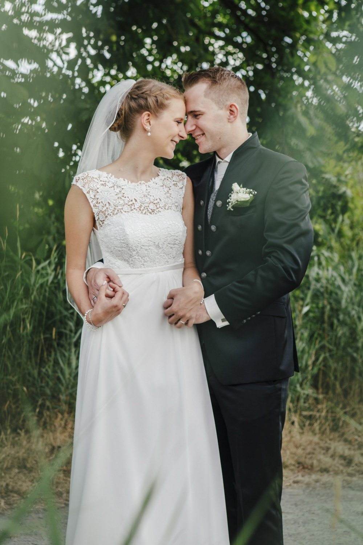 Laura-Fiederer-Fotografie-Hochzeitsfotos-Brautpaar-Hochzeitsfotografie-Mönchbruch-Hochzeitsfotografin-Mörfelden-Walldorf-Paarshooting-34