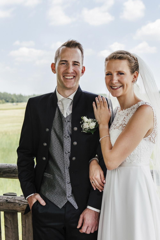 Laura-Fiederer-Fotografie-Hochzeitsfotos-Brautpaar-Hochzeitsfotografie-Mönchbruch-Hochzeitsfotografin-Mörfelden-Walldorf-Paarshooting-38