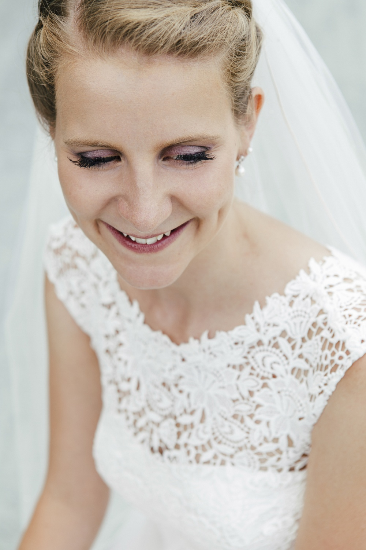 Laura-Fiederer-Fotografie-Hochzeitsfotos-Brautpaar-Hochzeitsfotografie-Mönchbruch-Hochzeitsfotografin-Mörfelden-Walldorf-Paarshooting-48