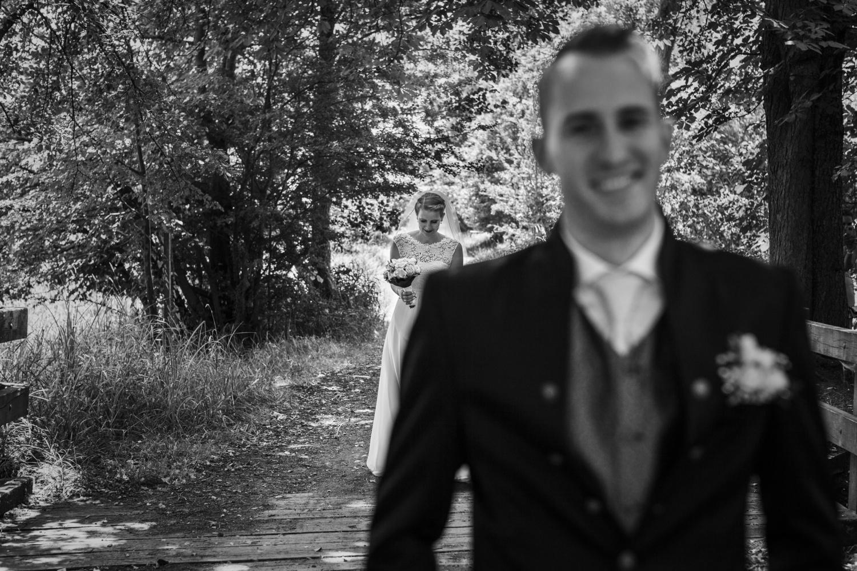 Laura-Fiederer-Fotografie-Hochzeitsfotos-Brautpaar-Hochzeitsfotografie-Mönchbruch-Hochzeitsfotografin-Mörfelden-Walldorf-Paarshooting-6