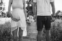 Laura-Federer-Fotografie-Babybauch-Portraits-Outdoor-Mörfelden-Walldorf-Familie-1