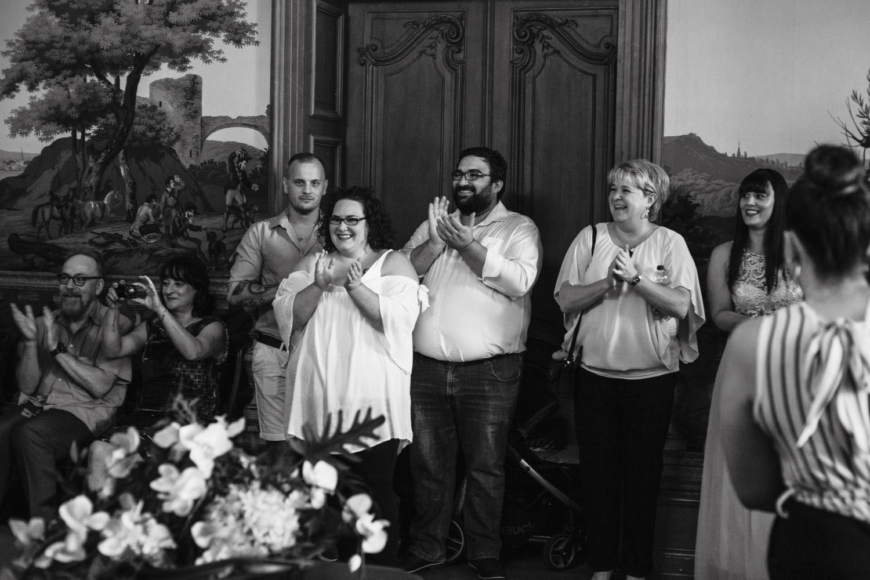 Hochzeit-Standesamt-Hanau-Schloss-Philippsruhe-Reportage-Paarshooting-Hochzeitsfotograf-Laura-Fiederer-Fotografie-16