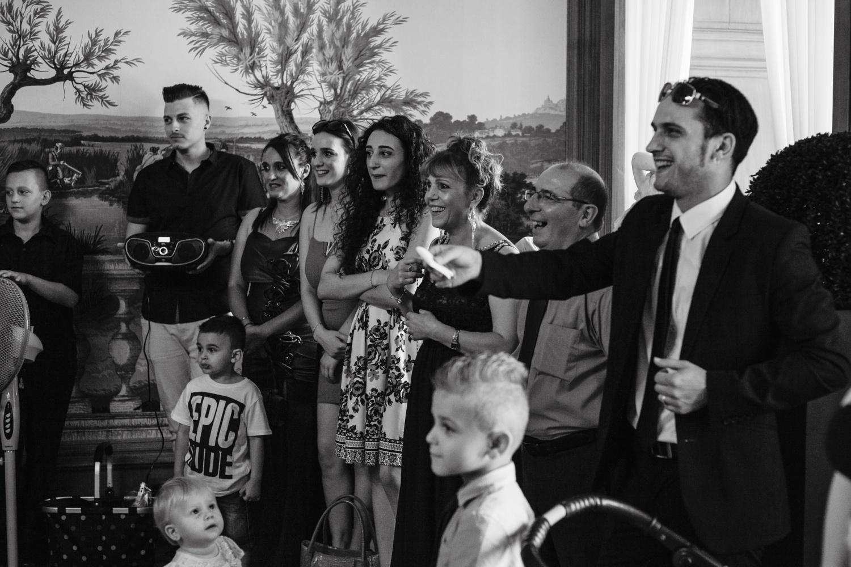 Hochzeit-Standesamt-Hanau-Schloss-Philippsruhe-Reportage-Paarshooting-Hochzeitsfotograf-Laura-Fiederer-Fotografie-17