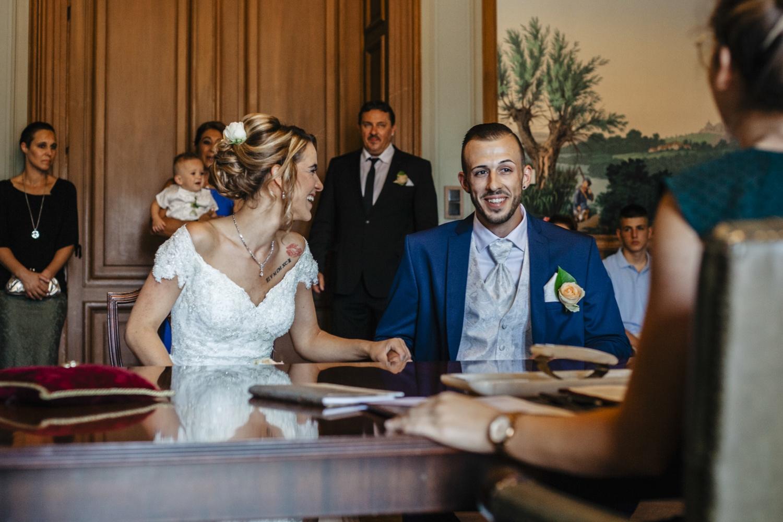 Hochzeit-Standesamt-Hanau-Schloss-Philippsruhe-Reportage-Paarshooting-Hochzeitsfotograf-Laura-Fiederer-Fotografie-23