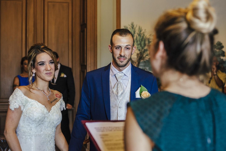 Hochzeit-Standesamt-Hanau-Schloss-Philippsruhe-Reportage-Paarshooting-Hochzeitsfotograf-Laura-Fiederer-Fotografie-26