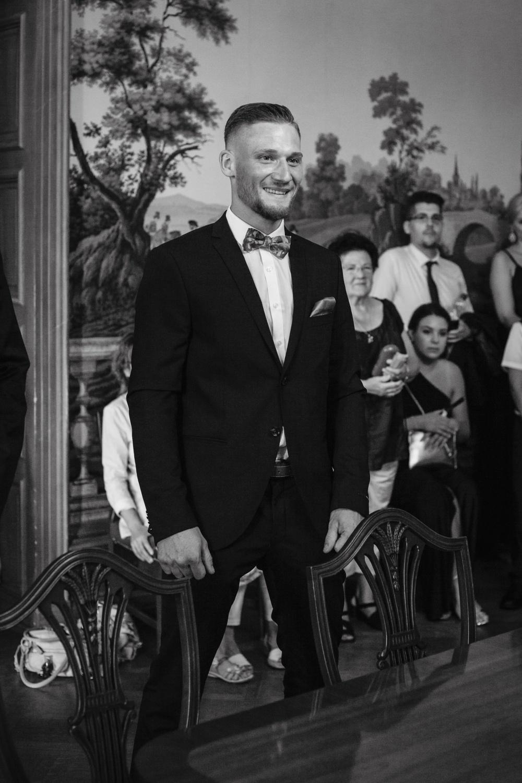 Hochzeit-Standesamt-Hanau-Schloss-Philippsruhe-Reportage-Paarshooting-Hochzeitsfotograf-Laura-Fiederer-Fotografie-27