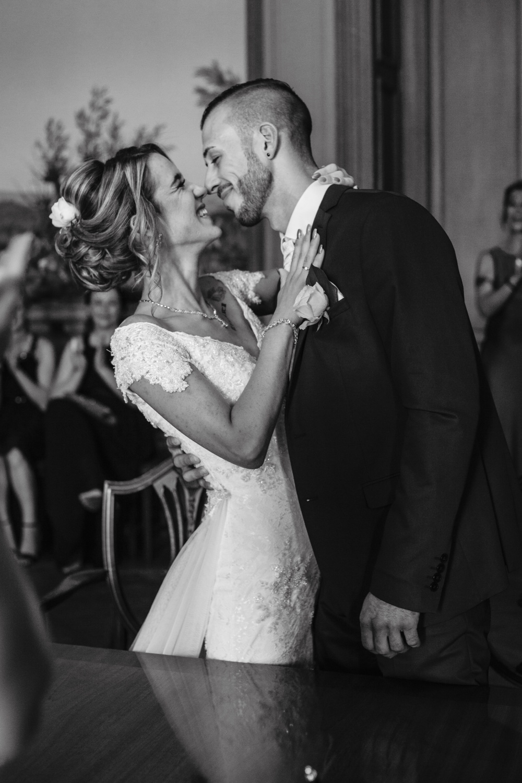 Hochzeit-Standesamt-Hanau-Schloss-Philippsruhe-Reportage-Paarshooting-Hochzeitsfotograf-Laura-Fiederer-Fotografie-30