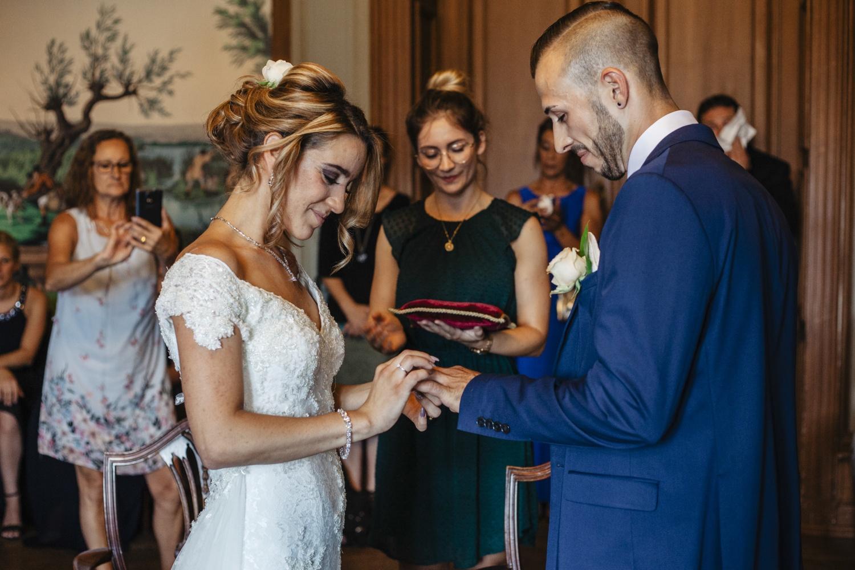 Hochzeit-Standesamt-Hanau-Schloss-Philippsruhe-Reportage-Paarshooting-Hochzeitsfotograf-Laura-Fiederer-Fotografie-31