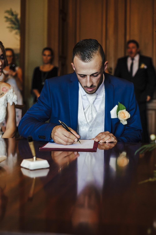 Hochzeit-Standesamt-Hanau-Schloss-Philippsruhe-Reportage-Paarshooting-Hochzeitsfotograf-Laura-Fiederer-Fotografie-33