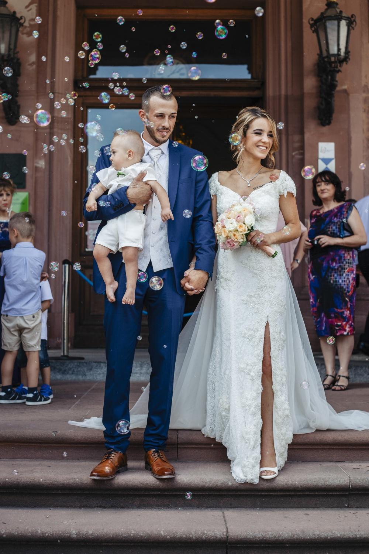 Hochzeit-Standesamt-Hanau-Schloss-Philippsruhe-Reportage-Paarshooting-Hochzeitsfotograf-Laura-Fiederer-Fotografie-40