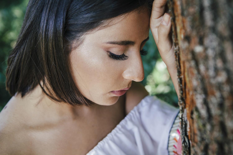 Laura-Fiederer-Fotografie-Rosenhöhe-Darmstadt-Portraitshooting-Portraitfotograf-Visagistin-Make-up-1