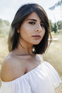 Laura-Fiederer-Fotografie-Rosenhöhe-Darmstadt-Portraitshooting-Portraitfotograf-Visagistin-Make-up-4
