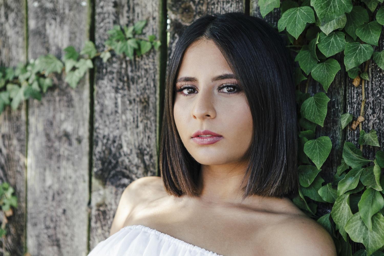 Laura-Fiederer-Fotografie-Rosenhöhe-Darmstadt-Portraitshooting-Portraitfotograf-Visagistin-Make-up-6