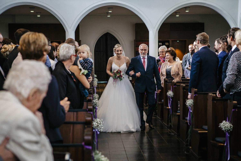 Laura-Fiederer-Fotografie-Hochzeit-Hochzeitsreportage-Groß-Gerau-Darmstadt-Ponyhof-Trauung-20