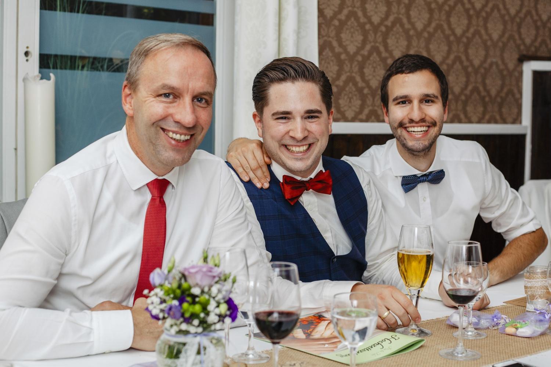 Laura-Fiederer-Fotografie-Hochzeit-Hochzeitsreportage-Groß-Gerau-Darmstadt-Ponyhof-Trauung-91