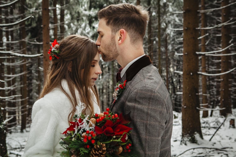 Hochzeit-Hochzeitsfotograf-Laura-Fiederer-Fotografie-Feldberg-Hochzeitsbilder-Mörfelden-Walldorf-19