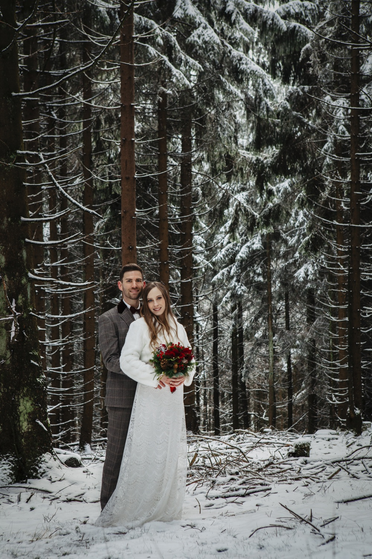Hochzeit-Hochzeitsfotograf-Laura-Fiederer-Fotografie-Feldberg-Hochzeitsbilder-Mörfelden-Walldorf-21
