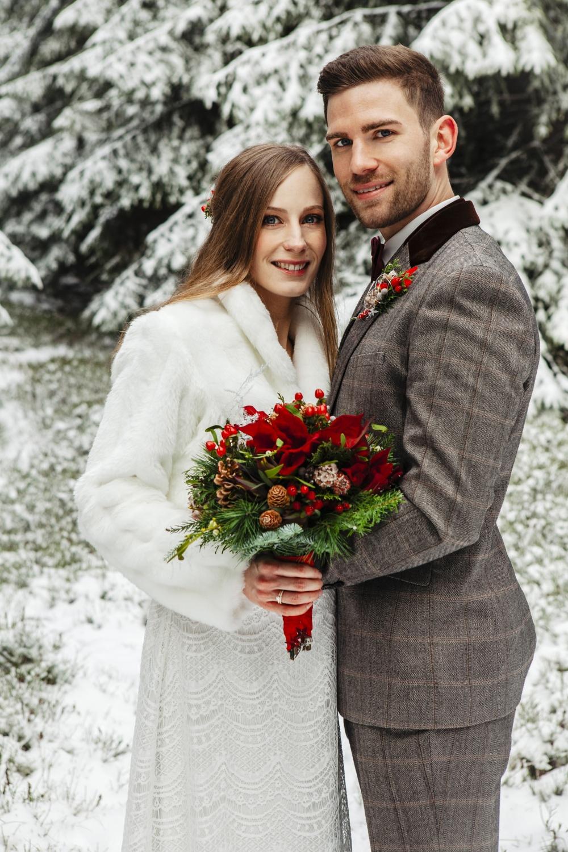 Hochzeit-Hochzeitsfotograf-Laura-Fiederer-Fotografie-Feldberg-Hochzeitsbilder-Mörfelden-Walldorf-28