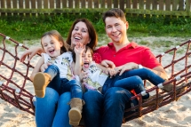 14-Familienbilder-Familienfotograf-Familienshooting-fotograf-Mörfelden-Walldorf-Laura-Fiederer
