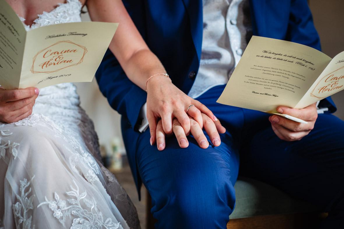30-Hochzeit-Reportage-Trauung-Kirche-Groß-Gerau-Wallerstaedten-Laura-Fiederer-Fotografie-Hochzeitsfotograf