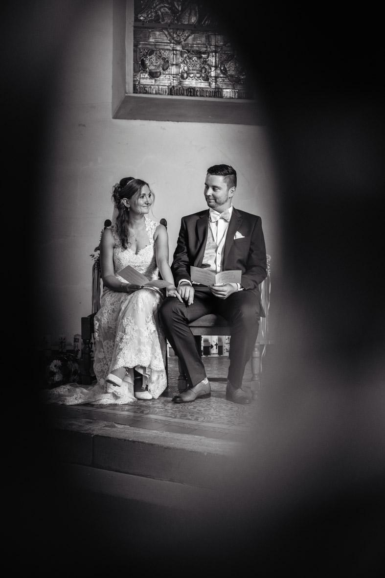 34-Hochzeit-Reportage-Trauung-Kirche-Groß-Gerau-Wallerstaedten-Laura-Fiederer-Fotografie-Hochzeitsfotograf