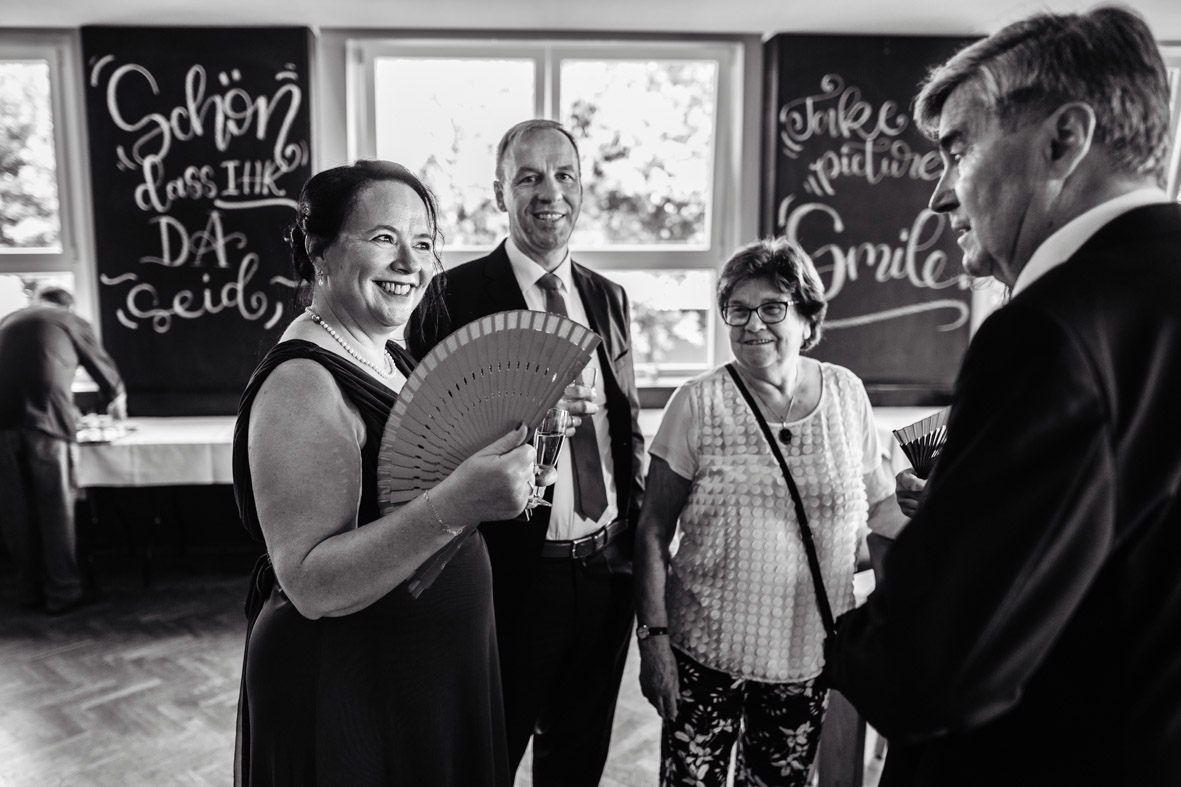 53-Hochzeit-Reportage-Mainzblick-Wiesbaden-Laura-Fiederer-Fotografie-Hochzeitsfotograf