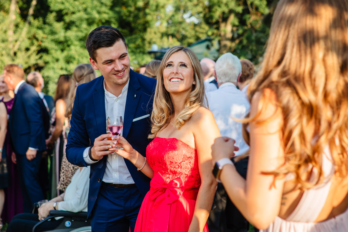 76-Hochzeit-Reportage-Mainzblick-Wiesbaden-Laura-Fiederer-Fotografie-Hochzeitsfotograf