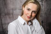 4-Studiofotografie Shooting Portrait Laura Fiederer Mörfelden-Walldorf
